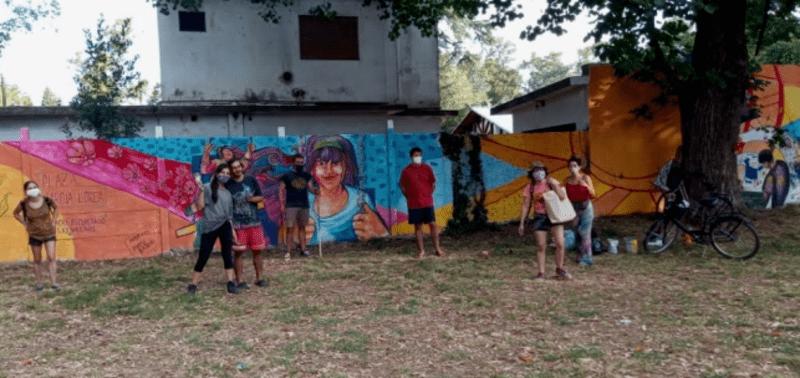 Jornada de mejora de medianera. Vecinos y artistas pintaron un mural